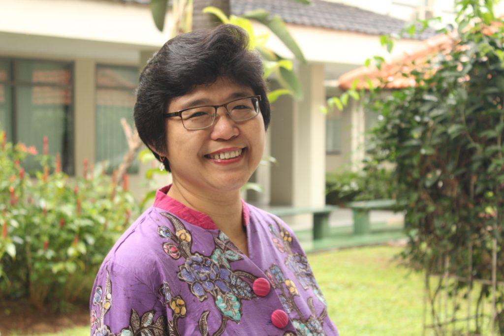 Pdt. Ester Pudjo Widiasih, Ph.D.